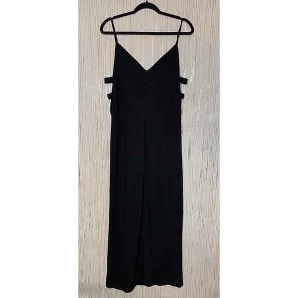 Tobi Dresses & Skirts - Tobi Little Black Maxi Dress